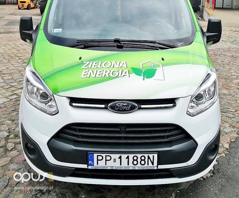 zielona energia reklama na samochodzie