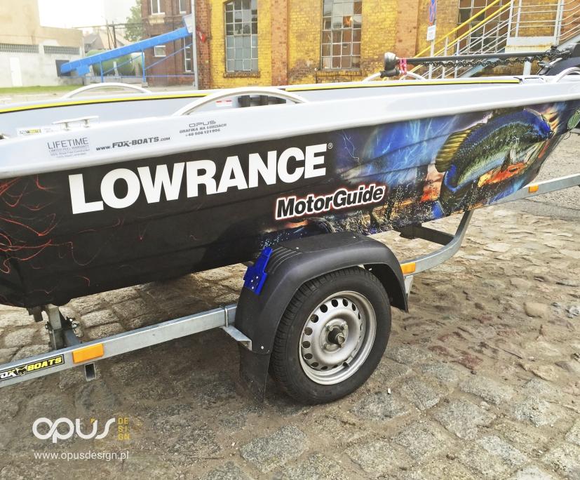 lowrance fishing team łódka reklama oklejenie