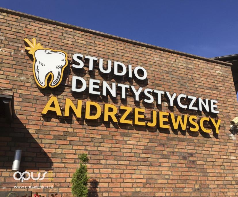 litery 3d studio dentystyczne andrzejewscy